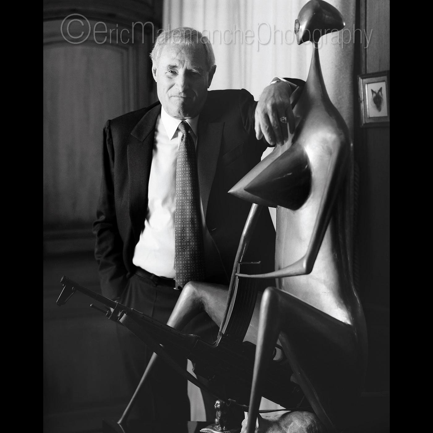 https://www.ericmalemanche.com/imagess/topics/audemars-piguet-30-ans-de-la-royal-oak/liste/Gerard-de-Villiers.jpg
