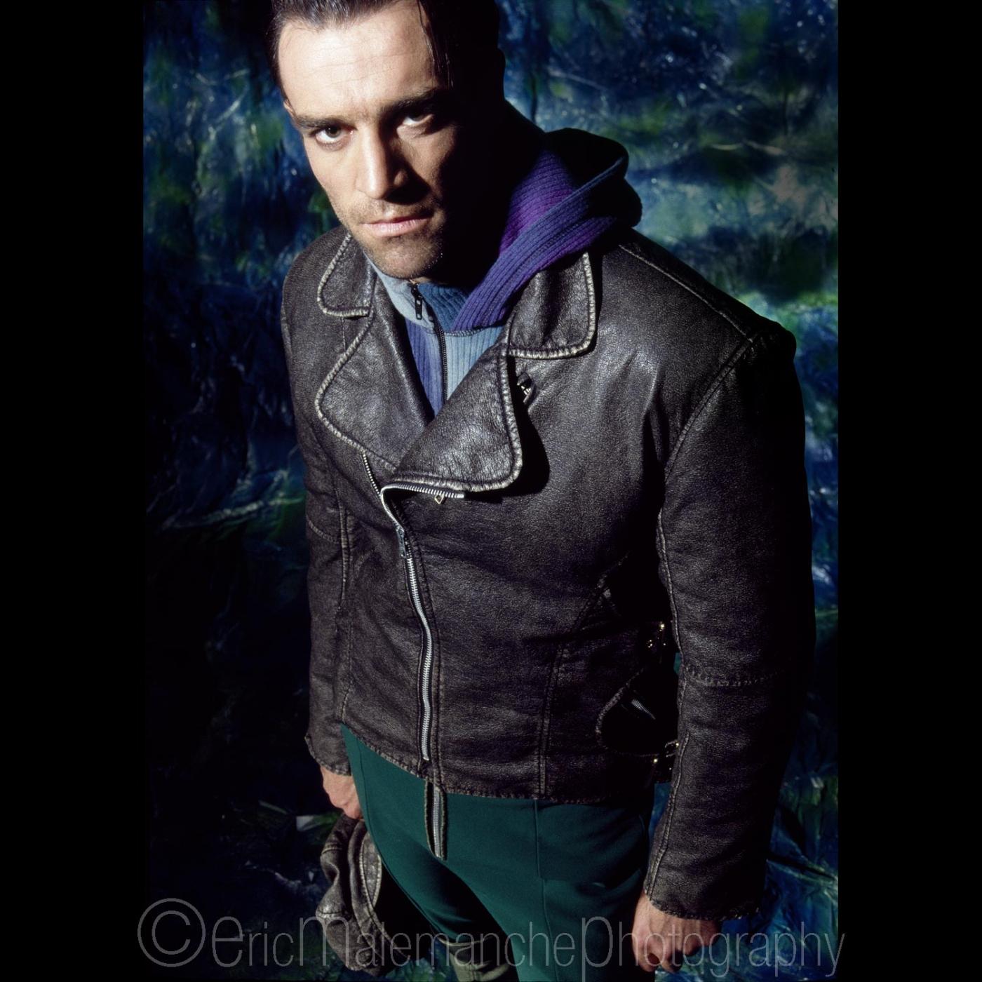 http://www.ericmalemanche.com/imagess/topics/fashion-90-s/liste/Fashion-17.jpg