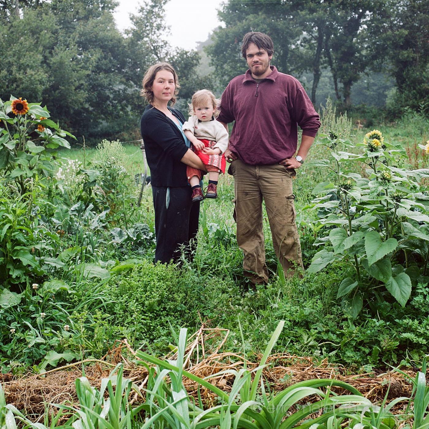 http://www.ericmalemanche.com/imagess/topics/les-bretons-de-l-argoat/liste/Bretons-Malemanche-001.jpg