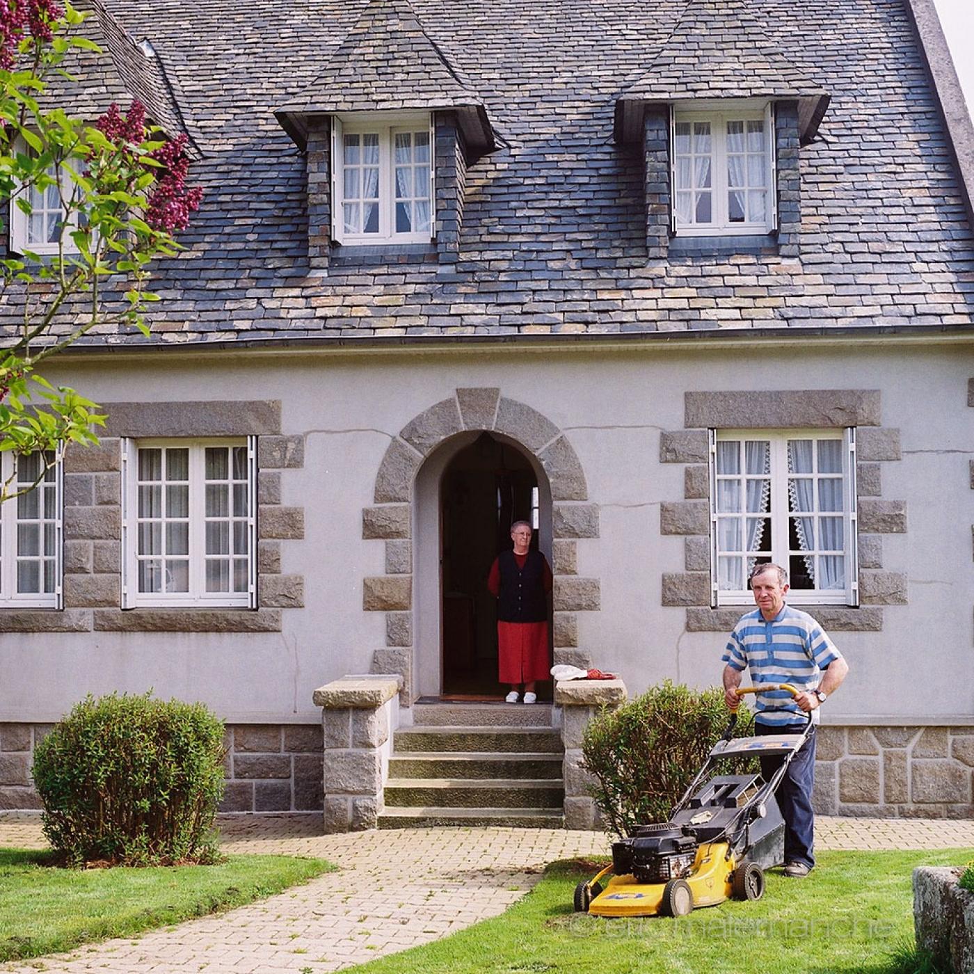 http://www.ericmalemanche.com/imagess/topics/les-bretons-de-l-argoat/liste/Bretons-Malemanche-018.jpg