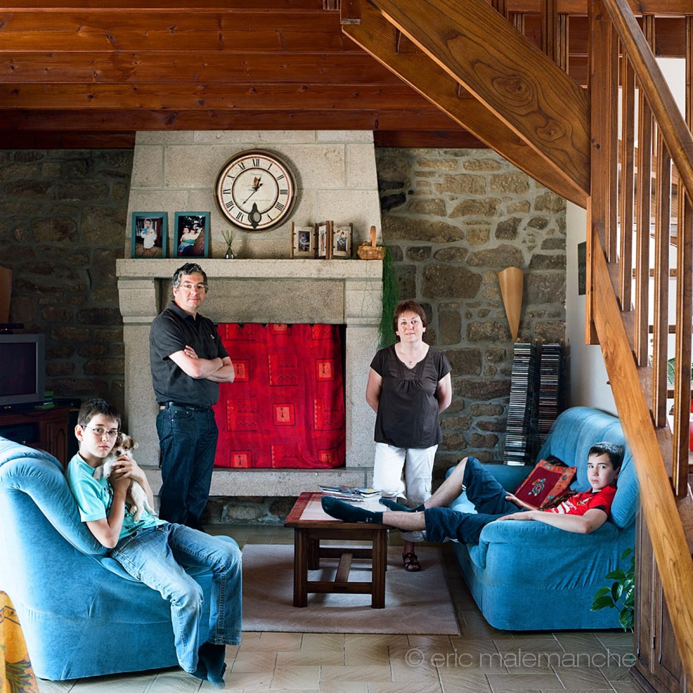 http://www.ericmalemanche.com/imagess/topics/les-bretons-de-l-argoat/liste/Bretons-Malemanche-024.jpg